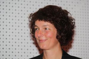 Moderatorin Annette Luckner