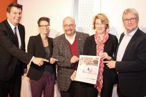Zeit ist der Schlüssel für die Zufriedenheit und das Lebensglück von Eltern und Kindern. So auch das Fazit einer Podiumsdiskussion zur neuen Familienpolitik in der Stadtbücherei Augsburg.