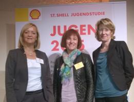 Mit Dr. Simone Raatz (MdB aus Leipzig) und Staatssekretärin Caren Marks bei der Präsentation der Studie