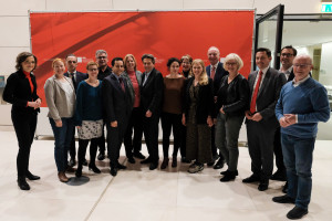 Die Unterzeichner mit dem Fraktionsvorsitzenden Rolf Mützenich