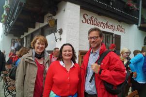 Mit Bundesarbeitsministerin Andrea Nahles und Florian Pronold, Vorsitzender der Bayern-SPD, auf der Schliersbergalm.
