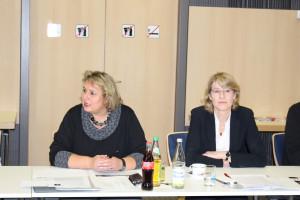 Kerstin Tack, behindertpolitische Sprecherin der SPD-Bundestagsfraktion und Ulrike Bahr, MdB