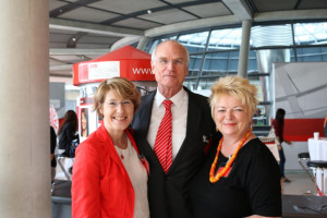 Mit MdB Mechthild Rawert und MdB Lothar Bindig beim Tag der Ein- und Ausblicke im Deutschen Bundestag.