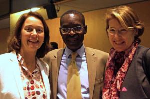 Mit der SPD-Generalsekretärin Katarina Barley und dem senegalesischem Botschafter Momar Gueye.