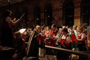 Das Blasorchester Lechhausen spielte auf.
