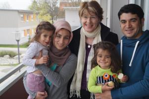 Die kleine Familie aus Syrien sprach der Abgeordneten ausdrücklich ihre große Dankbarkeit aus.