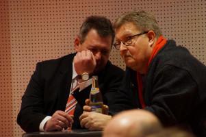 Harald Eckert, Vorsitzender des Ortsvereins Haunstetten und Michael Knuth, stellvertretender Vorsitzender der SPD Augsburg.