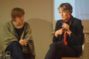 MdB Ulrike Bahr und Stadträtin Anna Rasehorn.