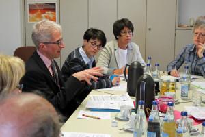 KAB-Diözesansekretär Peter Ziegler stellte unter anderem das Rentenmodell der KAB vor