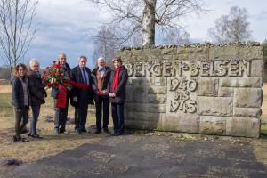 von links: Margarete Heinrich, Högg-Enkelin Gabriele Rauch, Wolfgang Mayr-Schwarzenbach, Jens-Christian Wagner, Dr. Heinz Münzenrieder und Ulrike Bahr