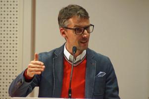 Prof. Dr. Lars Castellucci ist Politikwissenschaftler und Bundestagsabgeordneter aus Wiesloch.