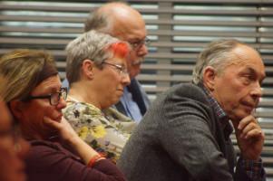 """Zuhörer bei der Diskussionsveranstaltung """"Demokratie - ein Auslaufmodell?"""""""