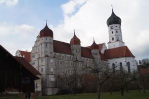 Barockes Kleinod im Kammeltal: Eine Station auf der Schwabenreise der MdBs war das stattliche Kloster Wettenhausen.