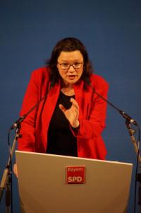 Nahles sagte, die SPD wolle der Motor in Europa sein, der soziale Standards verteidige.
