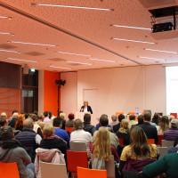 Fraktion vor Ort: Gutes Leben und Wohnen in der Sozialen Stadt. In der Neuen Stadtbücherei am 18.11.2015